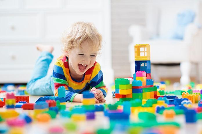 Jak klocki konstrukcyjne wpływają na rozwój dziecka?