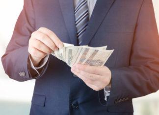 Pożyczki na raty miesięczne czy tygodniowe? Sprawdź, co się opłaca!