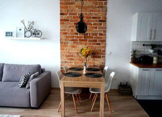 Jak ożywić ścianę w salonie